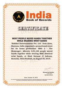 Most People waved hands together (18 Oct,2015)